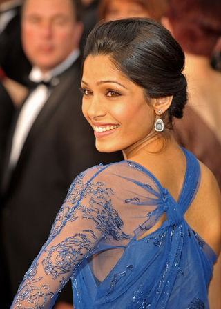 Frieda Pinto Detail