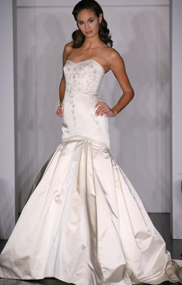 Kenneth Pool Wedding Gown_1245655100751