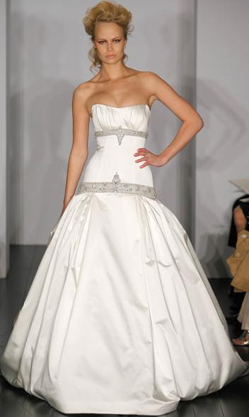 Kenneth Pool Wedding Gown_1245655221174